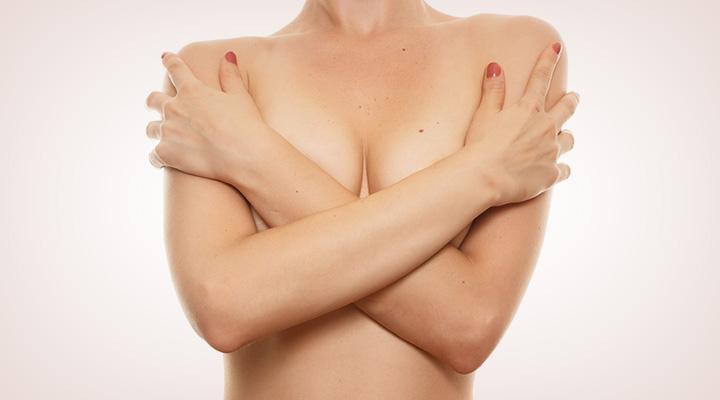 Nicole scherzinger rubs boobs in louis walsh's face in x factor excitement